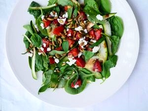 This delicious balsamic strawberry and spinach salad is finished with toasted pumpkin seeds and tangy feta, it's fresh, healthy and gluten free.