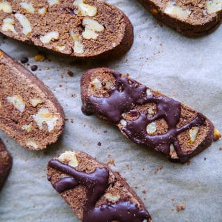 Easy Gluten-free Chocolate Biscotti, kept refined sugar free sweetened with stevia. So yum! - Nourish Everyday