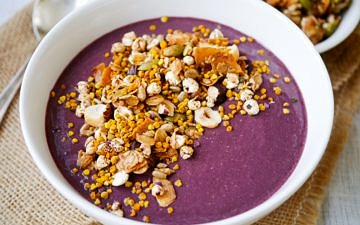 Beetroot Blackberry and Chia Smoothie Bowl by Nourish Everyday - A luscious, sweet and satisfying healthy smoothie made with beetroot, tangy blackberries and protein-rich chia seeds. Gluten free and dairy free!