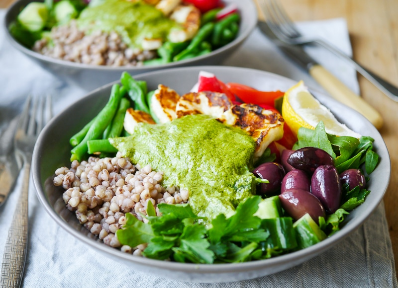 Mediterranean Halloumi Buckwheat Nourish Bowls by Nourish Everyday -This delicious mediterranean inspired halloumi buckwheat bowl recipe makes an easy, healthy lunch or dinner. Gluten free, sugar free yet full of flavour!