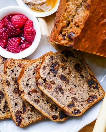 A gluten free earl grey banana loaf cake made with wholegrain flours and naturally sweetened with coconut sugar. Healthy, dairy free and easy to make! Recipe via wordpress-6440-15949-223058.cloudwaysapps.com