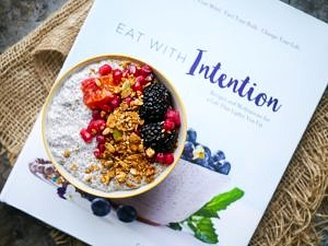 Eat With Intention – Book Review (and Interview)