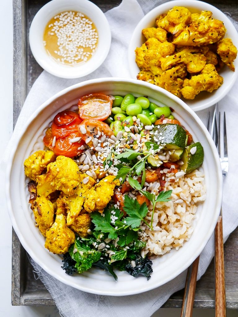 Roasted Turmeric Cauliflower Buddha Bowls (gluten free, dairy free, egg free, vegan friendly) - a healthy recipe by Nourish Everyday
