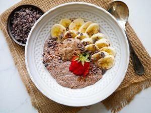 Chunky Monkey Chia Pudding (dairy free, gluten free, grain free) recipe by Nourish Every Day